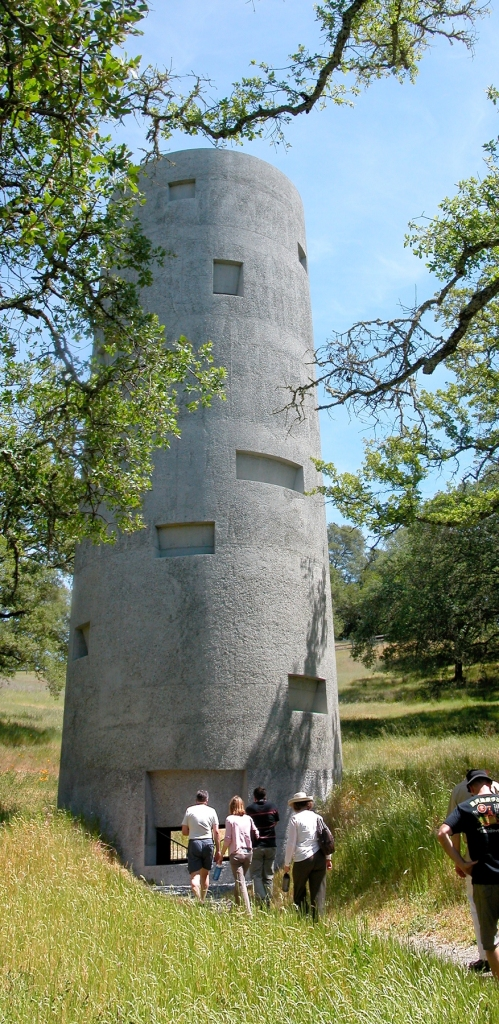Ann Hamilton's tower at Oliver Ranch in Geyersville, California (Joseph Readdy, Flickr Creative Commons)