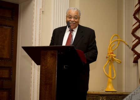 James Earl Jones speaking to guests at Winfield House, London on Jan. 18, 2010 (photo by usembassylondon, Flickr Creative Commons)