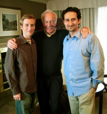 "Director Jeff Stephenson, actor Christopher Plummer and Raoul Bhaneja during Plummer's interview for the documentary ""Hamlet (solo)"" directed by Stephenson"