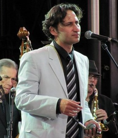 Raoul Bhaneja performing on Sept. 10, 2010 in Port Credit, Ontario with fellow Raoul and the Big Time members Terry Wilkins (bass) and Richard Underhill (sax)