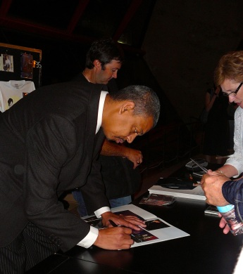 Barbarin signing autographs at the Sydney Opera House after appearing with Harry Connick, Jr. (photo by frannyfish, Flickr Creative Commons, uploaded March 23, 2008)
