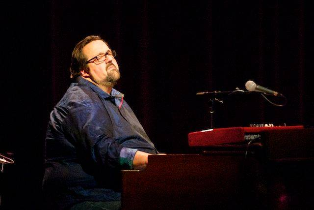 DeFrancesco performing (photo courtesy of Joey DeFrancesco)