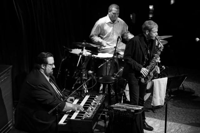 DeFrancesco performing on the Nord C2 with Gene Lake (drums) and David Sanborn (saxophone) at Dimitrou's Jazz Alley in Seattle on April 3, 2014 (photo courtesy of Joey DeFrancesco)