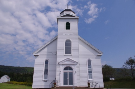 Stella Maris church in Creignish, Cape Breton, where Natalie MacMaster and Donnell Leahy married in 2002 (photo by Inverness County C@P Network Society, Flickr Creative Commons, Aug. 31, 2010)