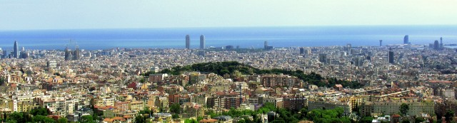 Panoramic shot of Barcelona (photo by Ferran Legaz, Flickr Creative Commons, August 20, 2014)