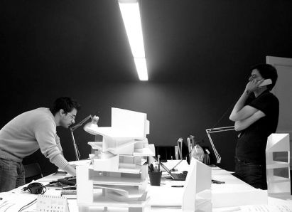 Fabrizio Barozzi (L) and Alberto Veiga (R) at work in their office in Barcelona (photo courtesy of B/V)