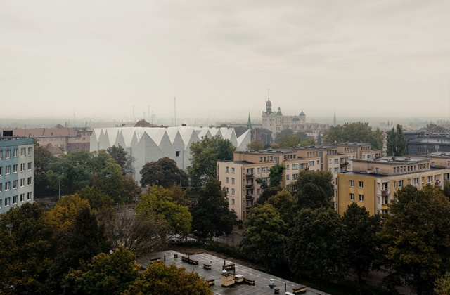 Szczecin Philharmonic Hall and surrounding buildings (photo courtesy of B/V)