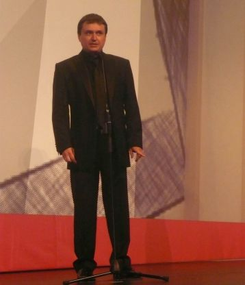 Mungiu on Sept. 20, 2007 at the San Sebastian Film Festival (photo by birasuegi, Flickr Creative Commons)