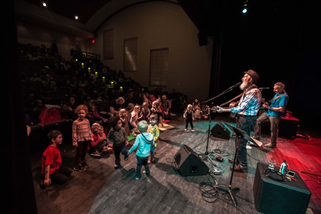 Penner performing for children in Whistler, B.C. (photo courtesy of Fred Penner)