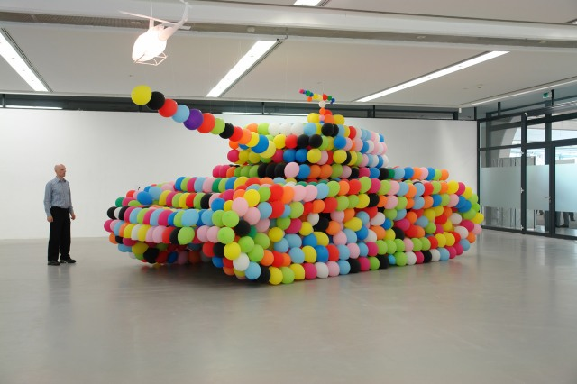 """german panther"" (2007), latex balloons/air/latex glue; 960 x370 x 300 cm, installation view at Städtische Galerie Nordhorn, Germany © Hans Hemmert and VG Bild Kunst"