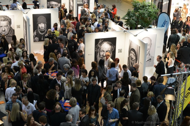 """Opening of the exhibit """"Alive"""" (photo courtesy of Manfred Baumann)"""